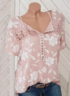 Shop Floryday for affordable Tops. Floryday offers latest ladies' Tops collections to fit every occasion. Latest Fashion For Women, Latest Fashion Trends, Womens Fashion, Fashion Online, Moda Fashion, Plus Size Blouses, Plus Size Tops, Women's Fashion Dresses, Fashion Blouses