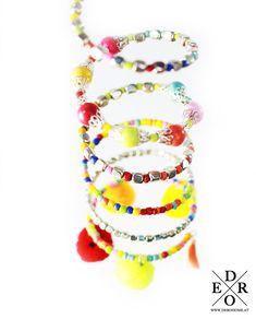 """Hübscher und stylisher Armreifen """"Ibiza"""" im bunten Farbmix. Sommerflair fürs Handgelenk! Ibiza, Bunt, Crochet Necklace, Bracelets, Jewelry, Fashion, Stag Head, Bangles, Spring Summer"""