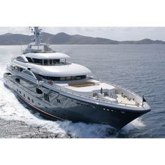 """Review Lurssen Yachts 224' """"Kismet"""" ❤ liked on Polyvore featuring backgrounds and cars"""