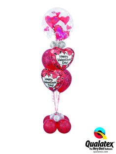 Even more hearts with this Lovely Floating Hears Double bubble on top of a Microfoil and latex bouquet! Find a balloon professional near you and order a bouquet.  #qualatex #balloon #heart #valentines