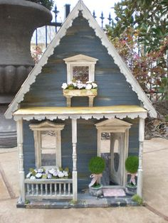 Adorable design for a gardening shed! ~ I Heart Shabby Chic: Shabby Chic Dollhouse & Miniatures by Wendy Allison Miniature Rooms, Miniature Houses, Miniature Furniture, Dollhouse Furniture, Dollhouse Kits, Dollhouse Dolls, Dollhouse Miniatures, Victorian Dollhouse, Fairy Houses