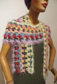 gehäkelter Schal, Unikat, variantenreich zu tragen Shawls, Bunt, Crochet Necklace, Scarves, Colours, Fashion, Scarf Crochet, Handarbeit, Breien