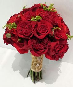 Red Garden Rose mix with Premium Rose Bouquet