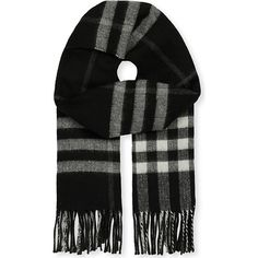 Burberry Giant check cashmere-blend metallic reversible scarf (1 715 PLN) ❤ liked on Polyvore featuring accessories, scarves, metallic shawl, metallic scarves, burberry, checkered scarves and reversible scarves