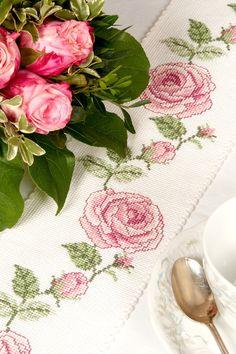 """Tischdecken - Tischband """"Rose"""" - ein Designerstück von Wunschhandarbeiten bei DaWanda"""