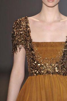 Farb-und Stilberatung mit www.farben-reich.com Andrew Gn Orange evening dress