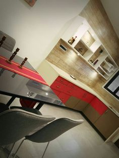 Kitchens with colour