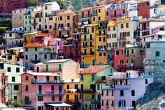 8 of the world's most colorful neighborhoods