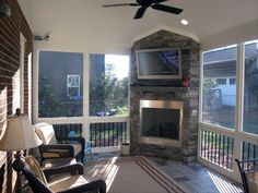 Best Screened in Porch Design Ideas .Read More. Best Screened in Porch Design Ideas .Read More. Screened Porch Designs, Screened In Deck, Screened Porches, Covered Back Porches, Covered Decks, Four Seasons Room, Three Season Room, Porch Fireplace, Deck With Fireplace