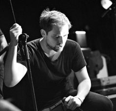 """Im Oktober traten The Twilight Sad zusammen mit dem Royal Scottish National Orchestra auf. Zum Rerelease des Debüts """"Fourteen Autumns & Fifteen Winters"""" gibt's den gesamten Auftritt jetzt als #freedownload. http://whitetapes.com/everything-new/the-twilight-sad-auftritt-mit-dem-royal-scottish-national-orchestra-als-gratis-download"""