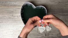 kosarbolt.hu - Ajándék virágdoboz készítése Heart Ring, Rings For Men, Facebook, Flowers, Youtube, Design, Men Rings, Heart Rings