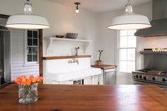 LOOK AT THAT WONDERFUL SINK!!!      David A. Barnes House   Preservation NC