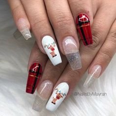 Here is a tutorial for an interesting Christmas nail art Silver glitter on a white background – a very elegant idea to welcome Christmas with style Decoration in a light garland for your Christmas nails Materials and tools needed: base… Continue Reading → Christmas Gel Nails, Xmas Nail Art, Christmas Nail Art Designs, Holiday Nail Art, Cute Acrylic Nail Designs, Best Nail Art Designs, Best Acrylic Nails, Winter Acrylic Nails, Poster Design