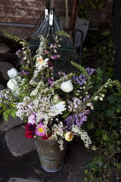 Kinfolk Magazine's Flower Pot-Luck | Amy Merrick | by Nicole Franzen Photography
