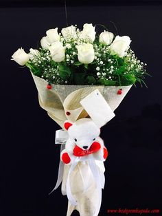 Balıkesi̇r Çiçek - Balıkesir Çiçekçi - Balıkesir Çiçek Gönder ~ Balıkesir Çiçek Beyaz Gül Buketi ve Peluş
