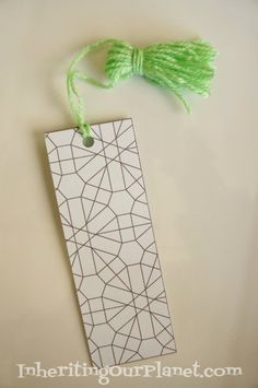 Print these Free Printable Coloring Bookmarks on the back of a cereal box for a fun recycled kids craft! #recycledcrafts