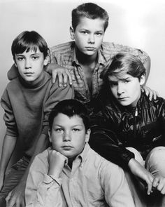 STAND BY ME -Wil Wheaton as Gordie Lachance, River Phoenix as Chris Chambers, Corey Feldman as Teddy Duchamp and Jerry O'Connell as Vern Tessio