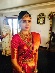 Stunning Telugu bride with Antique jewellery