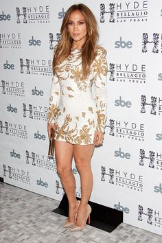 Jennifer Lopez in Christian Louboutin shoes-no surprise-@thestyleKnot