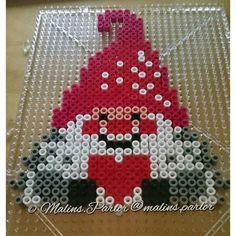 Christmas elf hama beads by  malins.parlor圣诞精灵