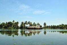 Alleppey Backwaters, Kerala, Southern India
