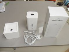 How To Fix AirPort Extreme Base Station Getting Unreachable Via AirPort Utility? Apple Airport Time Capsule, Green Light Meaning, Green Led Lights, Airport Extreme, Apple Tv, Breeze, Platform