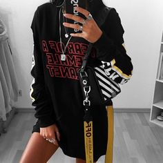 Best Punk outfits ideas Clothes are something that makes you look even more special, and your wardrobe will appear classy with a grand assortment of vintage clothes. Punk Outfits, Stylish Outfits, Fashion Outfits, Womens Fashion, Fashion Killa, Look Fashion, Fashion Beauty, Fashion Rings, Looks Style