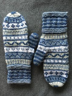 Knitted mittens | Novita 7 veljestä Knit Mittens, Knitted Gloves, Knitting, Projects, Gloves, Fingerless Gloves, Knits, Hand Crafts, Sweater Mittens