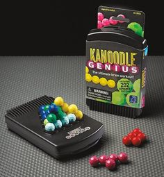 Educational Insights Kanoodle Genius Game