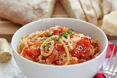 Liv Life: Pasta All'Amatriciana - a Food Photography Challenge