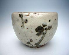 荒川豊蔵(唐津風茶碗)、骨董品の掘り出し物も多数販売