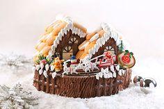Santa's Cottage Christmas cake