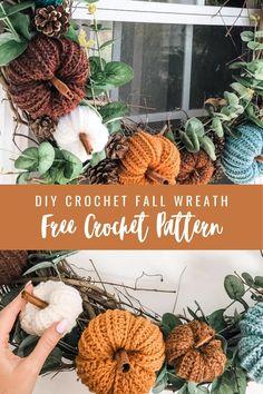 Crochet Fall Decor, Crochet Wreath, Crochet Christmas Decorations, Crochet Crafts, Crochet Projects, Halloween Decorations, Halloween Wreaths, Quick Crochet Patterns, Crochet Designs