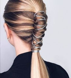 66 Most Alluring Ponytail Hairstyles Inspiration To Try queue de cheval coiffure longue, coiffure en Long Ponytail Hairstyles, Long Ponytails, Easy Hairstyles For Medium Hair, Ponytail Styles, Casual Hairstyles, Weave Hairstyles, Medium Hair Styles, Girl Hairstyles, Short Hair Styles