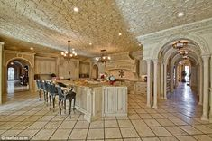 million dollar rooms house of the day. I want this kitchen. Elegant Kitchens, Luxury Kitchens, Beautiful Kitchens, Beautiful Homes, Dream Kitchens, Tuscan Kitchens, Country Kitchens, Custom Kitchens, Outdoor Kitchens