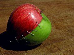 Apple (20 Creative Examples of Food Photography on CrispMe)