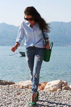 Blue stripe shirt, boyfriend jeans, colour pumps
