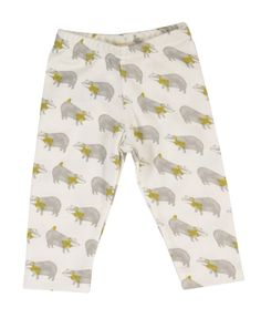 These lovely baby leggings have a stylish grey and yellow badger all over print. Match with our grey, breton or lavender stripe t-shirts, and Badger print hoody, to create a cute and modern outfit. Baby Boy Clothes Uk, Cute Baby Boy Outfits, Organic Baby Clothes, Baby Leggings, Ditsy, Modern Outfits, Printed Leggings, Baby Wearing, Patterned Shorts