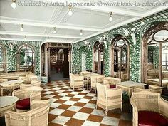 RESTAURANTS RMS TITANIC.  VERANDA COFFE.  The veranda café also known as the palm courtyard was divided into two rooms a smoking and a non smoking besieged on either side of the staircase to the second class the cafeteria was elegantly furnished with lights and wicker chairs and a tiled floor simulating a chessboard non-smoking room next to starboard was used as a play area for children and mothers.  RESTAURANTES DEL RMS TITANIC.  CARTERIA  VERANDA.  El café veranda también conocido como…