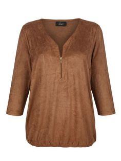 Mit dieser lässigen Bluse in Velourlederoptik spazieren wir stilsicher durch den goldenen Herbst. #Mode #Herbst #Bluse