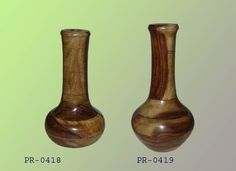 #Planet #Handicraft has a large selection of everyday use #Flower #Vases in various styles, shapes and colors. Call us: 91-9818157716