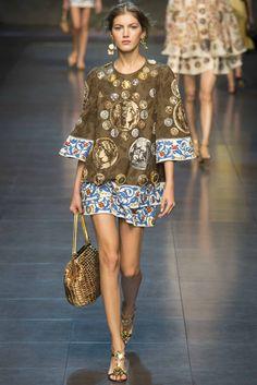 【2306px×3201px】 Milan Fashion Week: Dolce & Gabbana Spring/Summer 2014 Ready-to-wear.