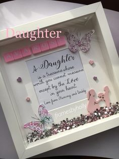 Diy Baby Gifts, Baby Crafts, Craft Gifts, Crafts For Kids, Diy Shadow Box, Shadow Frame, Baby Room Pictures, Tile Crafts, Frame Crafts