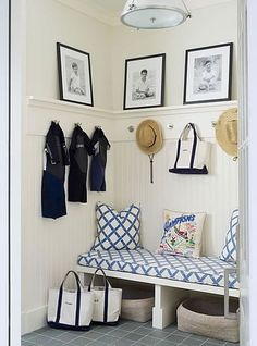 Cute mudroom with great coastal vibes and decor