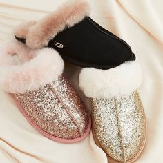 uggs | warm | pink | gold | glitter | shop now | fashionchick | fluffy | girl | woman | bed | sleepy | lazy | in house | christmas gift Gold Glitter, Pink And Gold, Buy Now, Uggs, Shop Now, Christmas Gifts, Slippers, Stuff To Buy, Shopping