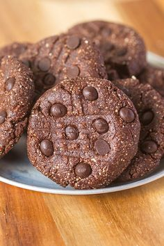 Healthy No Bake Triple Chocolate Protein Cookies | The Big Man's World