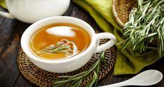 Health Benefits Of Rosemary Tea- Benefícios do chá de Alecrim para a saúde Health Benefits of Rosemary Tea – Recipe of the Day - Rosemary Tea, How To Dry Rosemary, Mental Health Benefits, Tea Benefits, Weight Loss Tea, Losing Weight, Fruit Parfait, Meat Seasoning, Natural Home Remedies