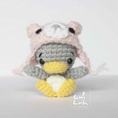 Kijk wat ik gevonden heb op Freubelweb.nl: een gratis haakpatroon van Mr. Luiwood om deze schattige baby pinguin met muts te maken https://www.freubelweb.nl/freubel-zelf/gratis-haakpatroon-baby-pinguin/