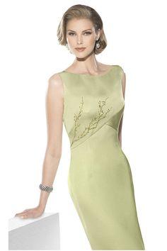 la próstata linda con el vestido formal
