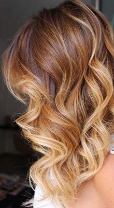 9 Light Brown Hair Color Ideas for a Fresh New Look Splendid light brown hair color on long wavy hair Brown Ombre Hair, Brown Blonde Hair, Ombre Hair Color, Light Brown Hair, Hair Color Balayage, Brown Hair Colors, Hair Highlights, Wavy Hair, Light Auburn Hair Color